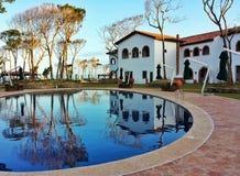 Тосканский poolside Стоковые Изображения RF