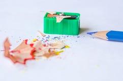 Точить карандаш против белой предпосылки Стоковые Изображения RF
