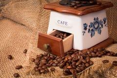 Точильщик с кофейными зернами Стоковые Фото