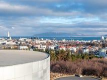 Точка зрения городского пейзажа Рейкявика от Perlan, Исландии стоковые фото