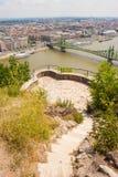 Точка зрения на холме Gellert с целью Дуная, свобода b стоковая фотография rf