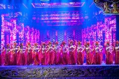 Точное высекая волшебство драмы песни и танца стиля этапа- историческое волшебное - Gan Po Стоковая Фотография