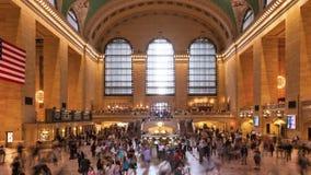 Толпа Timelapse в грандиозной центральной станции в Манхаттане Нью-Йорке США сток-видео
