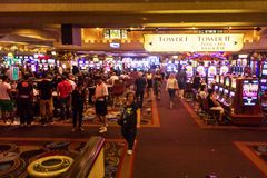 Толпить казино стоковые изображения rf