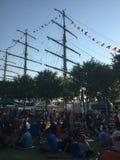 Толпить после полудня Стоковая Фотография