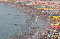 Толпить пляж Стоковое Фото