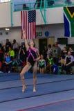Толпы стиля танца пола девушки гимнаста Стоковые Фотографии RF