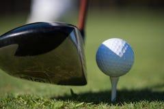 трава гольфа клуба шарика Стоковая Фотография RF