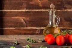 Трава, масло и томаты Стоковое фото RF
