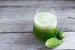 Травяной сок зеленого momodica, яблока бальзама, груши бальзама, Bitt Стоковые Изображения