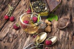 Травяной чай с полениками Стоковая Фотография RF