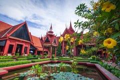 Традиционная архитектура кхмера и красивый двор Na Стоковое Изображение