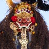 Традиционная балийская маска Barong на церемонии улицы в острове Бали, Индонезии Стоковая Фотография