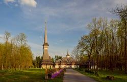 Традиционная церковь Maramuresh деревянная монастыря Sapanta-Peri, Румынии Стоковая Фотография RF