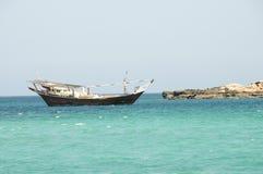 Традиционная omani рыбацкая лодка Стоковое Изображение