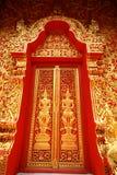 традиционное двери искусства тайское Стоковое Изображение