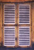 Традиционное деревянное тропическое коричневое окно Стоковое Фото