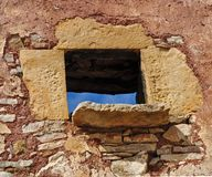 Традиционное каменное окно стоковые изображения