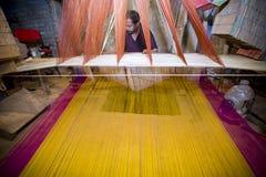 Традиционное сари Jamdani в Mirpur Benarashi Palli Дакке, Бангладеше Стоковое Изображение RF
