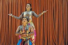 традиционное танцульки фольклорное индийское Стоковые Фото