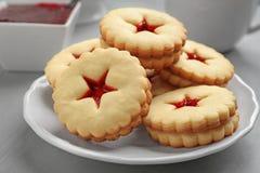 Традиционные печенья Linzer рождества Стоковые Изображения