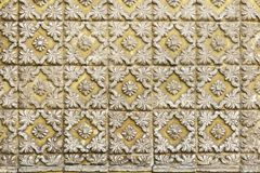 Традиционные португальские плитки azulejo на здании в Порту, p Стоковое фото RF