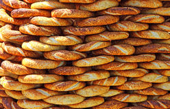 Традиционные турецкие кудрявые bagels сезама Стоковое фото RF
