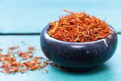 Традиционный ароматичный шафран специи стоковое изображение rf