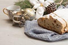 Традиционный торт Дрездена рождества stollen Новый Год d рождества Стоковые Изображения