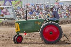 Трактор урожая рядка 66 Oliver Стоковая Фотография