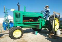трактор ямы барбекю Стоковые Фотографии RF