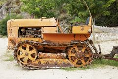 Трактор Crawler ФИАТ 352 апельсин цвета года 1970 стоковая фотография rf