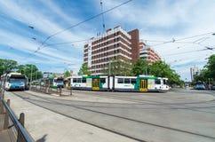 Трамваи перед больницей глаза и уха Мельбурна Стоковая Фотография