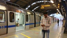 Транспортная система метро рельса метро Нью-Дели Стоковое Изображение