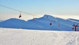 Транспорт в горах Bucegi, Румыния подъема стула Стоковые Изображения RF