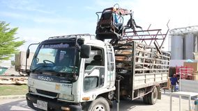 Транспорт тележки в производстве сток-видео