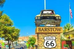 Трасса 66 знака Barstow стоковая фотография
