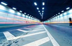 Трассировка выведенная вождением автомобиля в тоннель Стоковые Изображения RF