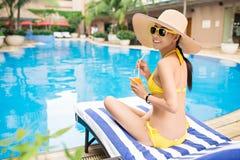 Тратить время бассейном стоковое фото rf