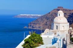 Традиционная архитектура в Fira на острове Santorini, Греции Стоковое Изображение