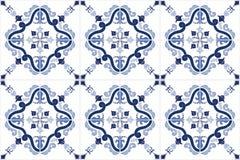 Традиционная богато украшенная португалка кроет azulejos черепицей также вектор иллюстрации притяжки corel иллюстрация штока