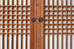 Традиционная дверь Кореи деревянная Стоковые Фото