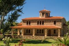Традиционная греческая православная церков церковь расположенная на Halkidiki Стоковое Изображение RF