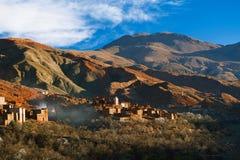 Традиционная деревня berbers в высоком атласе Стоковое фото RF