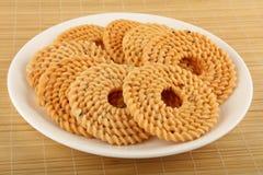 Традиционная индийская закуска - chakali стоковые изображения rf