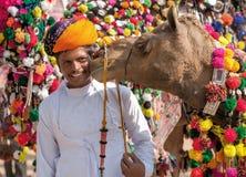 Традиционная конкуренция украшения верблюда на mela верблюда в Pushka Стоковое Фото