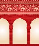 Традиционная красная индийская флористическая предпосылка виска Стоковое Изображение