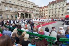 Традиционная совместная свадебная церемония в Белграде 5 Стоковая Фотография RF