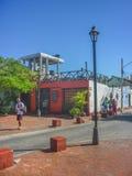 Традиционная улица Santa Marta Колумбии Стоковые Изображения RF