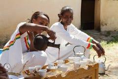 Традиционная церемония кофе в Эфиопии Стоковое Фото